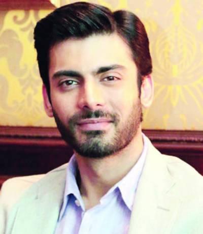 بھارت میں مسلمان اداکاروں کیخلاف انتہا پسندوں کی سرگرمیاں تیز، نواز الدین ''رام لیلا'' ڈرامے، فواد خان بھی فلم سے آئوٹ