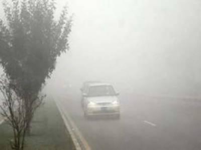 زہر آلود دھند جاری، ٹریفک حادثات میں میاں بیوی سمیت8 افراد جاں بحق