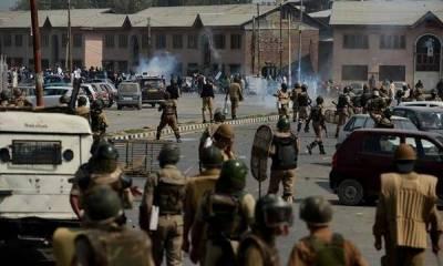 مقبوضہ کشمیر : بھارتی فوج کی مظاہرین پر فائرنگ' شیلنگ' لڑکی اور تین نوجوان شہید' 50 زخمی