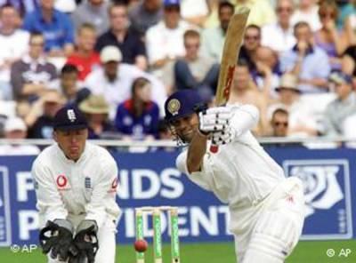 پہلا ٹیسٹ: بھارت کے 4 وکٹوں پر 319 رنز، 218 کے خسارے کا سامنا