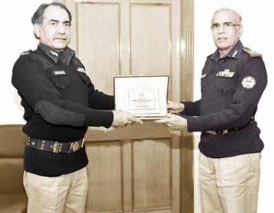 ایماندار اور محنتی پولیس افسر محکمہ کا فخر ہیں: آئی جی پنجاب