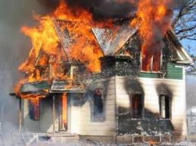 شارٹ سرکٹ سے گھر میںآگ لگ گئی