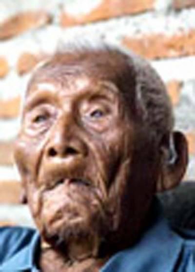 انڈونیشیا میں دنیا کے سب سے معمر شخص نے 146 ویں سالگرہ منائی