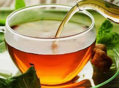 سبز چائے کا استعمال ذیابیطس اور دل کے امراض سے بچاؤ کرتا ہے: نئی تحقیق
