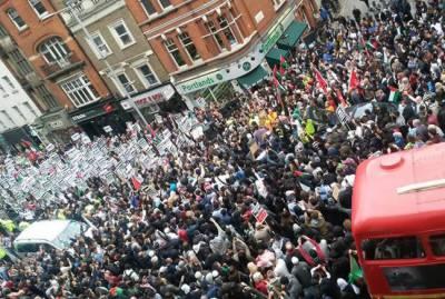 لندن : پاکستانی نژاد برطانوی یاسر یعقوب کی جعلی مقابلے میں ہلاکت کیخلاف مظاہرے جاری