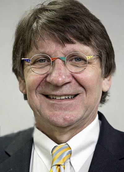 پی آئی اے کی خراب مالی کارکردگی کی وجہ ایوی ایشن پالیسی ہے:برنڈ ہلڈن برینڈ