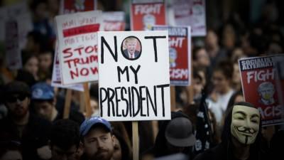 ٹرمپ کے نئے احکامات کیخلاف امریکہ سمیت پوری دنیا میں احتجاج کا سلسلہ شروع