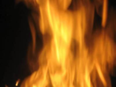 ہوسٹل' مدرسے میں آتشزدگی' فیکٹری میں سلنڈر دھماکہ' 8 افراد زخمی