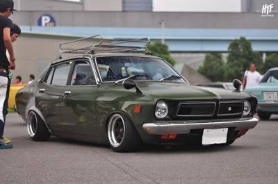 جاپان میں پرانی گاڑیوں کی نمائش توجہ کا مرکز بن گئی
