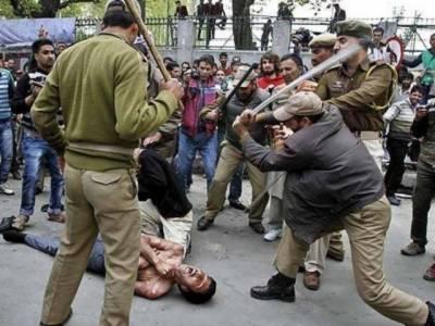 مقبوضہ کشمیر : طلباءپر تشدد کیخلاف احتجاج جاری' آج مکمل ہڑتال ہو گی' علماءبھی سڑکوں پر نکل آئے