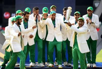 فتح کا جشن جاری' چیمپئنز کی وطن واپسی شروع' شاندار استقبال : بھارت میں صف ماتم بچھی رہی