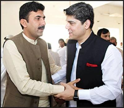 سابق ایڈیشنل سیکرٹری ایجوکیشن اتھارٹی پنجاب مہر مشتاق سیال نے عیدالفطر ملتان میں منائی
