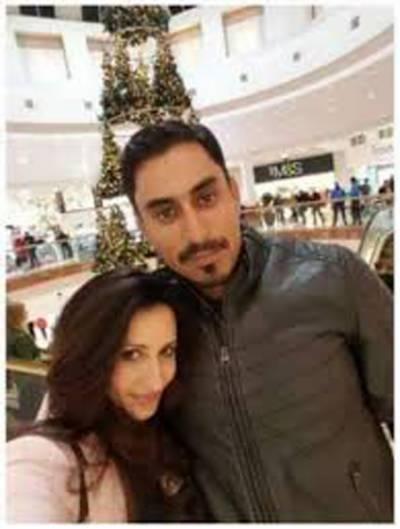 ناصر جمشید کی اہلیہ نے شوہر سے علیحدگی کی تردید کر دی