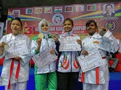 کراٹے کھلاڑی ناز گل بلوچ نے انٹر نیشنل چیمپئن شپ میں گولڈ میڈل جیت لیا