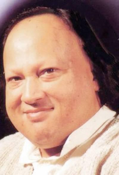 عالمی شہرت یافتہ گلوکار و موسیقار استاد نصرت فتح علی خان کی 20 ویں برسی آج منائی جائےگی