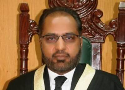 تمام پاکستانی قانون کی نظر میں برابر ہیں ، کاروکاری کا سلسلہ کب بند ہوگا : جسٹس شوکت عزیز