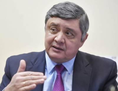 پاکستان کی سالمیت کا احترام کا جائے' چین: دبائو بڑھانے کے منفی نتائج ہونگے' امریکی پالیسی افسوسناک ہے' روس