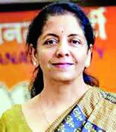 نرملا ستھارمن نے بھارت کی پہلی خاتون وزیردفاع کا حلف اٹھا لیا