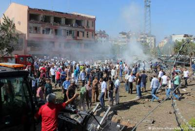 ترکی میں کرد باغیوں کا حملہ' جھڑپیں'8 فوجیوں سمیت13 مارے گئے