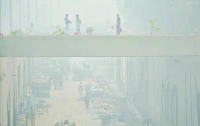 سموگ کے باعث مختلف شہروں میں ٹریفک حادثات'2 خواتین سمیت10 جاں بحق'91 افراد زخمی
