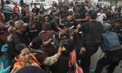 سکھر: ہنگامہ آرائی کے الزام میں 100 سے زائد افراد کے خلاف مقدمہ