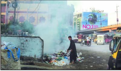 اداروں کی چپقلش س شہر گندگی اور کچرے کے ڈھیر میں تبدیل