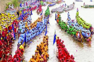 کمبوڈیا : سالانہ ڈریگن بوٹ ریس شروع ہوگئی