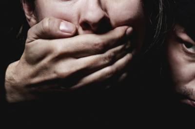 3افراد نے محنت کش کی بیٹی اغوا کر لی
