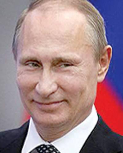 روسی صدر کی تصاویر پر مبنی 2018ء کیلنڈر کا اجراء