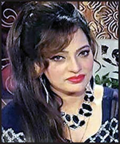 جنوبی پنجاب میں ٹیلنٹ کی کوئی کمی نہیں: گلوکارہ نرمل شاہ