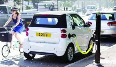 لندن میں بجلی سے چلنے والی ٹیکسیاں متعارف