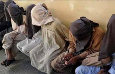 11 جواری گرفتار، 4 منشیات فروشوں کے خلاف مقدمات