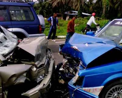 ٹریفک حادثات میں خاتون سمیت دو افراد جاں بحق دس شدید زخمی