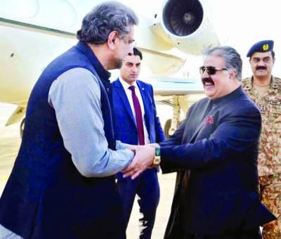وزیراعلیٰ بلوچستان کو60 کروڑ ماہانہ رشوت پہنچانے کا الزام'زہری کا سیکرٹری گرفتار' وزیراعظم کوئٹہ میں' اپوزیشن' ناراض لیگی ارکان نہ ملے