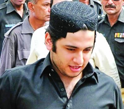 شاہ رخ جتوئی جیل میں 2 دن گزار کر کمر تکلیف کے بہانے ہسپتال منتقل