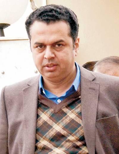 ایک پارٹی کا جہاز کریش کر گیا' پیرنی کے تعویز دفن ہو چکے' طلال چودھری