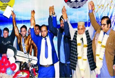 محمد منیر مسٹر راولپنڈی اورجونیئر مسٹر راولپنڈی کا اعزاز رئیس خان نے حاصل کیا
