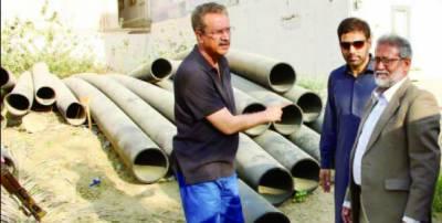 میئر کراچی کا گلستان جوہر کا اچانک دورہ' ترقیاتی کاموں کا جائزہ لیا