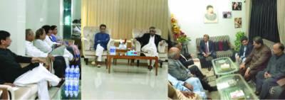 گورنر سندھ کی قیادت میں لیگی وفد کی فاروق ستار ،خا لد مقبو ل سے ملاقاتیں
