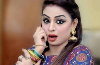 سٹیج اداکارہ ندا چودھری کو 72 لاکھ 38 ہزار روپے ٹیکس ادائیگی کا نوٹس