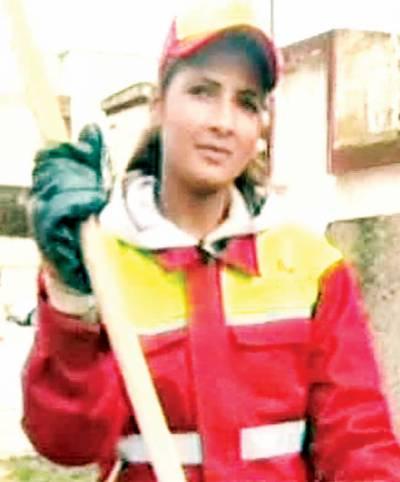 مراکش: سڑکوں کی صفائی کرنیوالی 25سا لہ خاتون مس حسینہ منتخب