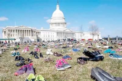 امریکہ : سکول میں فائرنگ کے واقعات کیخلاف طلبا کا انوکھا احتجاج