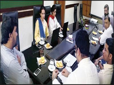 وزیراعلیٰ مانیٹرنگ ٹیم کی میئر ملتان اور ایم ڈی ویسٹ مینجمنٹ سے ملاقات ، کمپنی کی ورکشاپ کا بھی دورہ