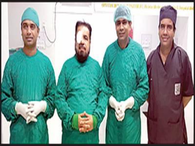 مفتی عبدالقوی کی آنکھ کا آپریشن فولڈ ایبل لینز ڈال دیا گیا