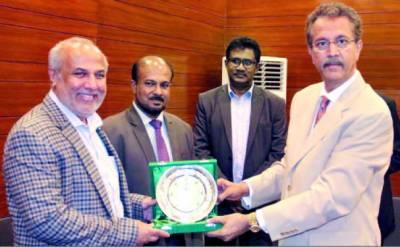 کراچی میں تجارت و سرمایہ کاری کے وسیع مواقع ہیں' وسیم اختر
