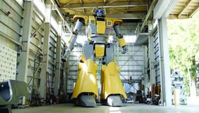 جاپان میں ساڑھے آٹھ میٹر اونچا دلچسپ انسانی روبوٹ تیار