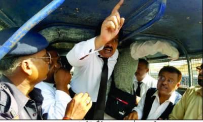 سندھ اسمبلی کے باہر وکلاء کا کریک ڈاﺅن' متعدد گرفتار' احتجاج ختم