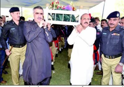 سندھ میں جان بوجھ کر لوڈ شیڈنگ کی جا رہی ہے' نثار کھوڑو