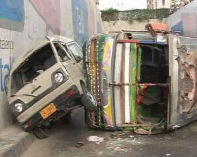 فیروز والہ : مختلف ٹریفک حادثات میں نوجوان ہلاک، دس افراد زخمی
