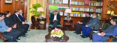 بنیادی سہولیات کی فراہمی میں کمیونٹیز کا کردار اہم ہے' گورنر سندھ